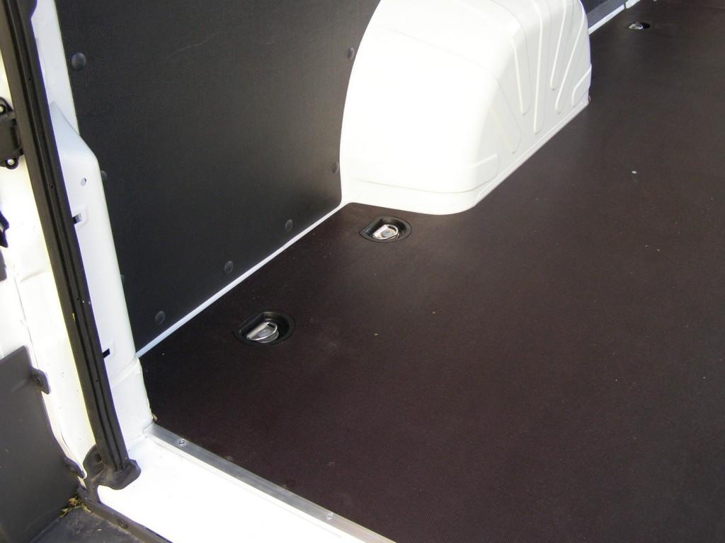 PVC čašice za kopče upuštene u razini poda